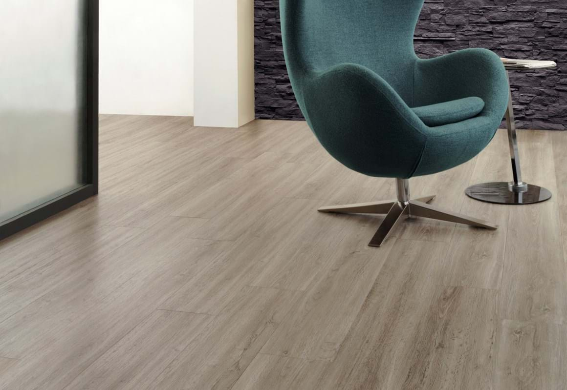 Amtico Click looselay LVT in French Grey Oak (SU5W3001)
