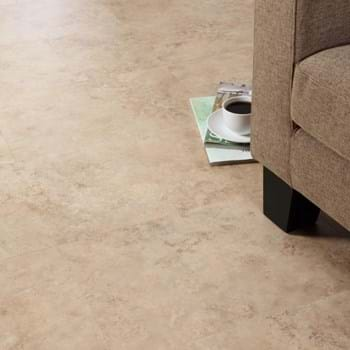Noche Travertine in Broken Bond laying pattern