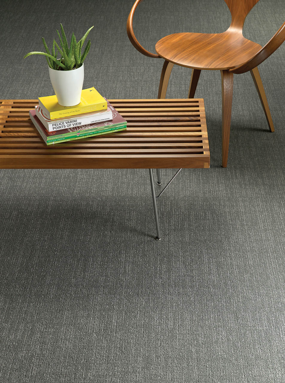 Amtico Colour Anchor Ditto in der Brick Verlegemethode.