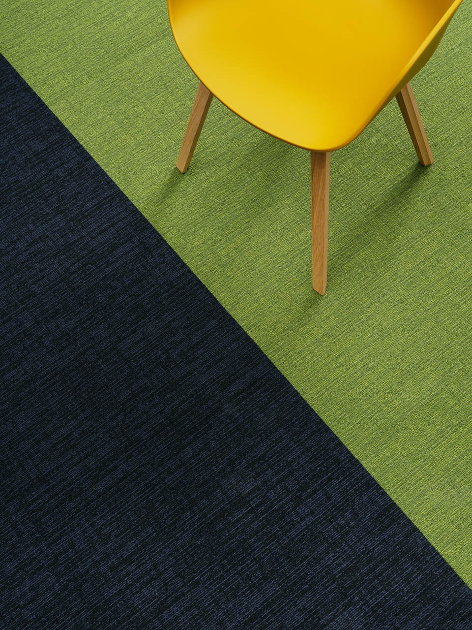 Amtico Colour Anchor Meadow und Twinkle in der Brick Verlegemethode.