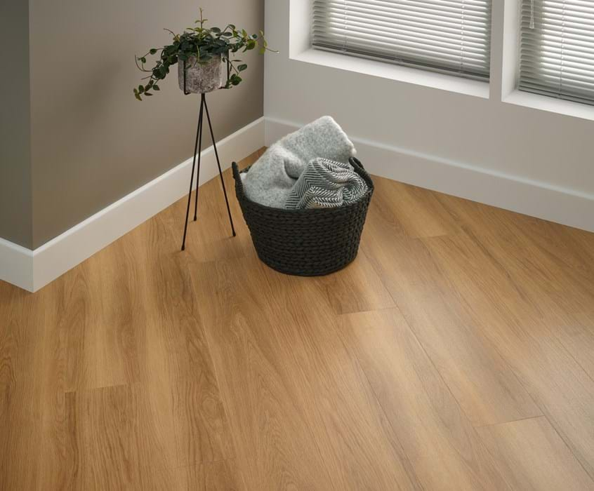 <p>Amtico Click Smart Honey Oak, SB5W2504</p>