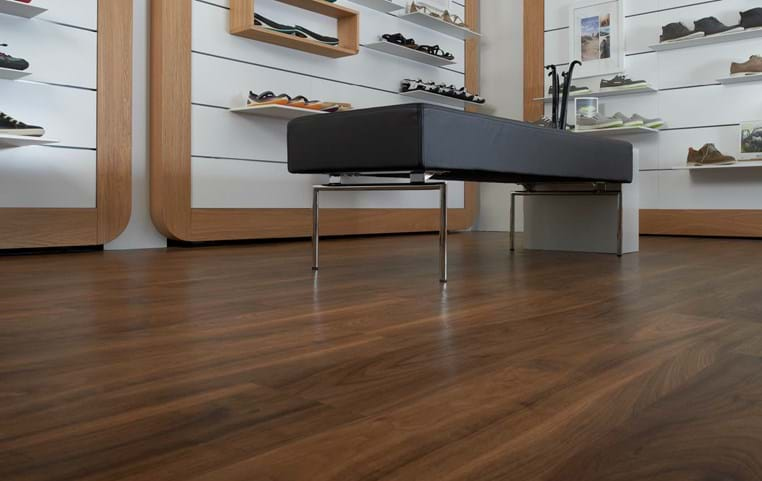 Amtico International: English Walnut - SU5W3003